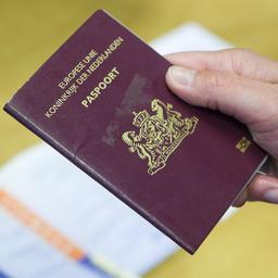 paspoort overlijden buitenland